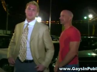Sexy muscley gay gets hot