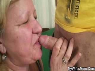 Aýaly finds her man sikiş oustanding grandmother