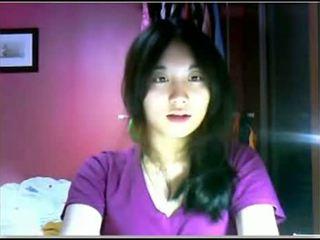 Asiatisch teen teasing auf kamera
