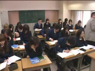 יפני, שנתי העשרה של, כיתה