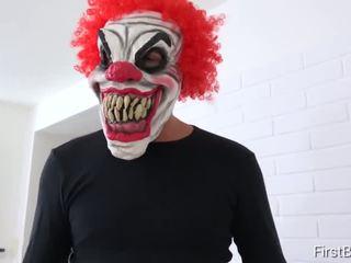 Firstbgg.com - luna corazon a daisy- evil klaun attacks two girlfriends