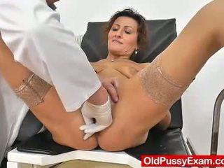 Punapää vaimo puss lääkäri rooli pelata