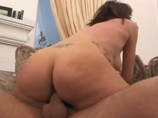 Alluring ava rose slips this raging hard sik çuň into her slimy twat