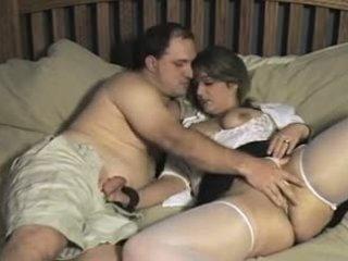 Người lung lay chồng và vợ