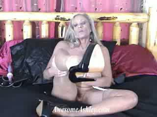 Hot Auntie masturbates and squirts shows her heels and pantyhose