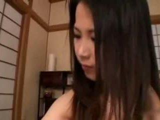 japonec, velká prsa, handjobs