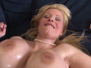 cumshots, ผมบลอนด์, สาวใหญ่