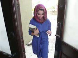 Kívánós barna arab tini ada gets filled