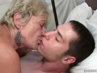 奶奶 性別 彙編
