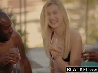 Blacked alexa grace ראשון בין גזעי שלישיה