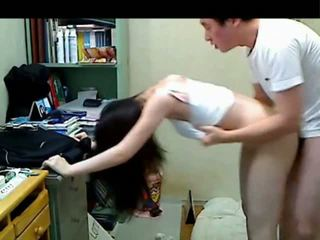 Korean older brother kurang ajar her younger sister