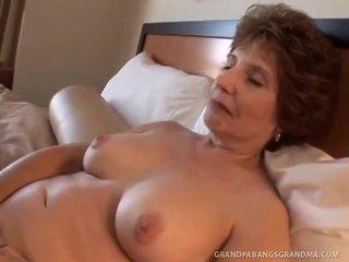 Elder großmutter amy lynn wishes riesig dong