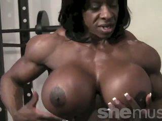 Tmavé female muscle