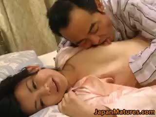 Nadržený japonská zralý babes sání part3