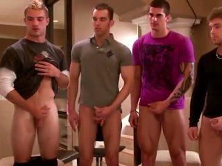 Seksowne grupa amateurs masturbacja