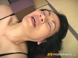 Porner premium: 成熟 亞洲人 屄 gets toyed 同 一 振子