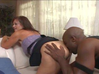Matura moglie in wheelchair sedurre giovane nero guy: porno e7