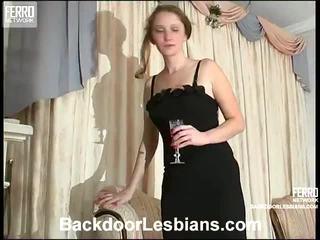 Joanna y irene desagradable anal lezbo episode