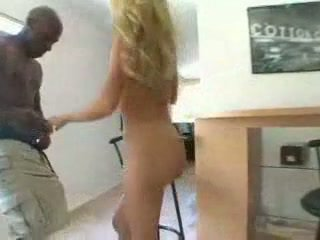 Tommi Rose gets stretched by really big black cock. Facial.
