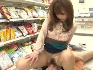 Akiho yoshizawa has amazingly got laid sisään a supermarket