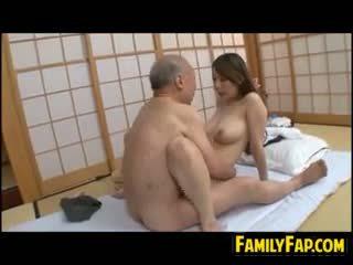 יפני, ישן + צעיר, פטיש