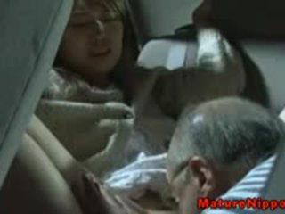 Japoneze moshë e pjekur mdtq gets oralsex