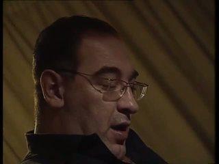 A піт білявка мати a прихований секс в церква фетиш