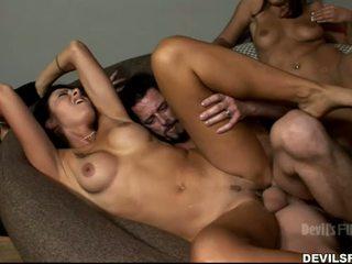 onlaýn brunette Iň beti, group sex you, see kissing nice