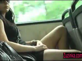 Bueno vibrations en la autobús