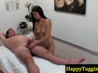 Reale cinese masseuse buffs sausage
