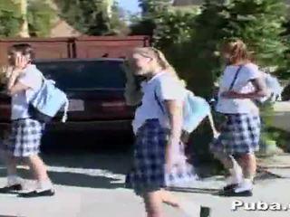 Skola meitenes a dzimumloceklis pēc skola