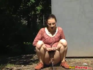 outdoor sex, pissing, outdoor pissing