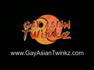 Eight homosexual aziati vyzliekanie hra