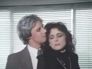 Laurie smith + jon martin -- خمر مباشرة جنس