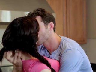 Jenna ross kacau di itu dapur