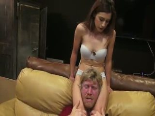 Nikki next tudo americana scissors